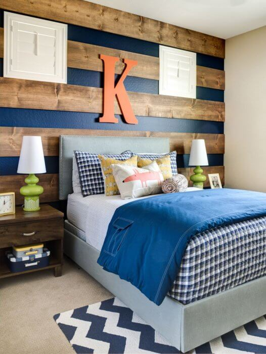 Accent wall ideas with stripped wood