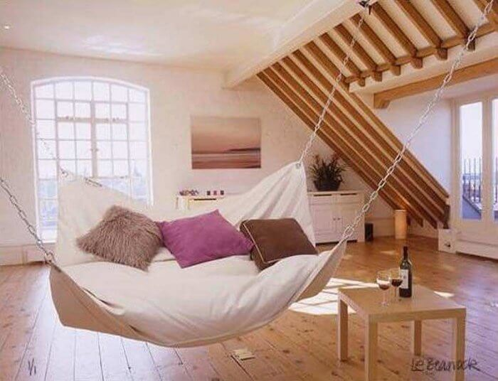 Types of beds: Hammock bed
