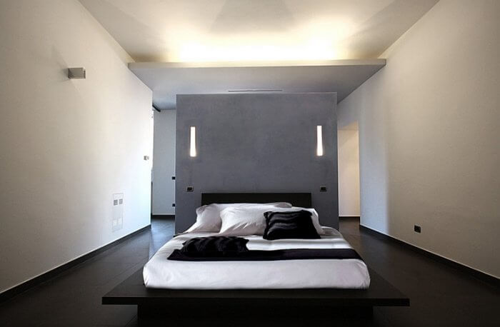 Platform bed is an ideal choice for the minimalist bedroom