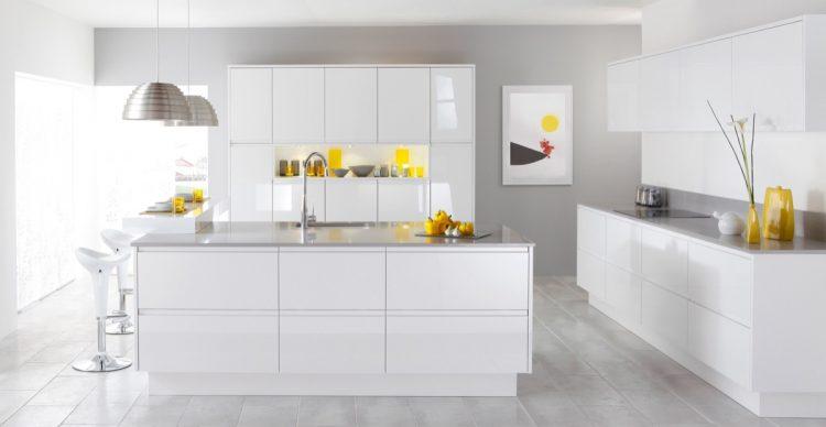 White - grey modern kitchen