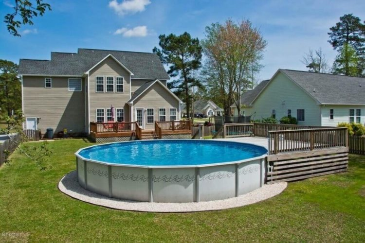 10 amazing above ground pool ideas and design for Above ground pool border ideas