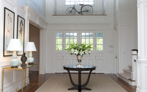 Chic and traditional entry table ideas