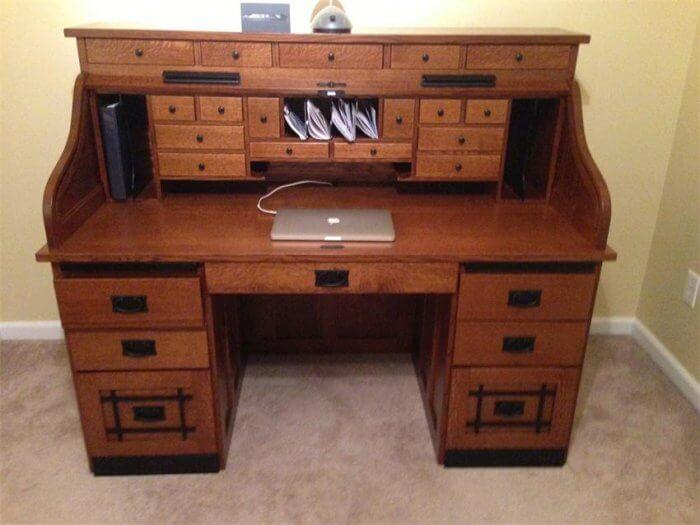 Types of desks; Credenza desk