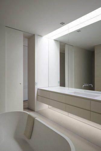 Full span of the wall bathroom mirrors ideas