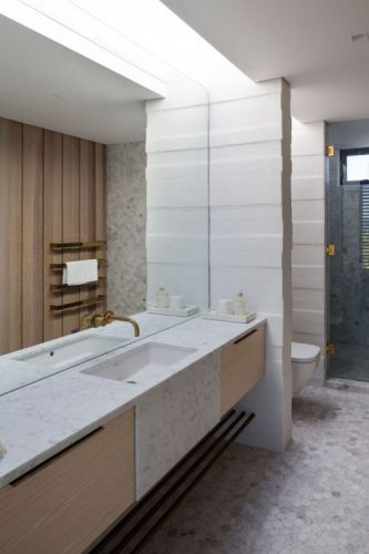Innovative bathroom mirrors ideas