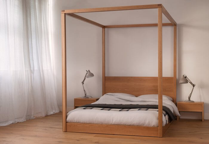 Types of beds: Cube poster bed