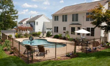 Simple black metal pool fence ideas