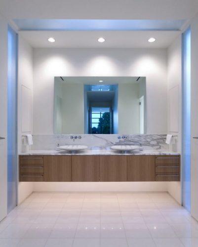 A single large mirrors ideas 2
