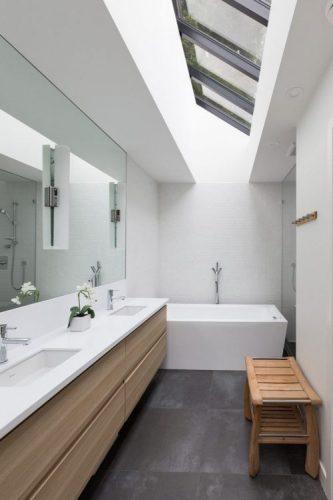 A single large mirrors ideas 1