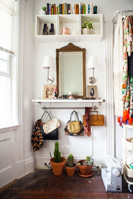 Small entryway ideas; Use the wall space