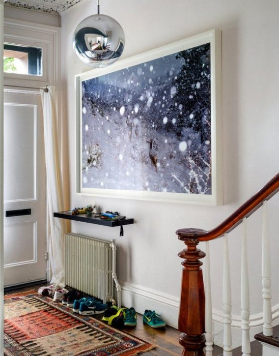 Small entryway ideas; Embrace Artwork