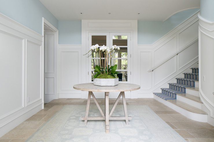 Stunning entry table ideas with round trestle table
