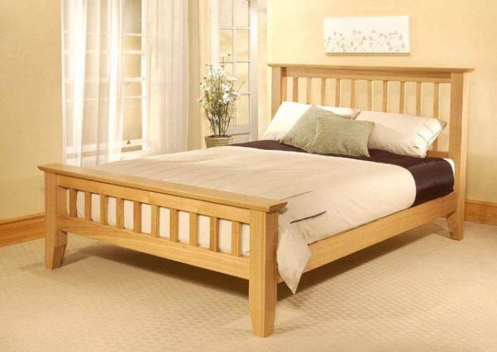 Types of bed frames; Wood