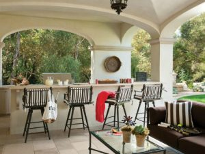 French and Italian style outdoor bar ideas