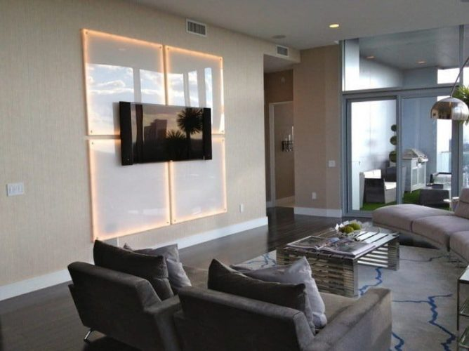 Glass wall mount idea for TV