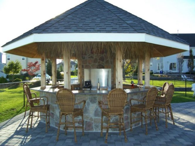 Traditional outdoor bar ideas