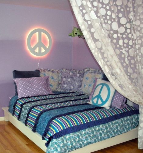 eclectic spaces tween / teen bedroom ideas