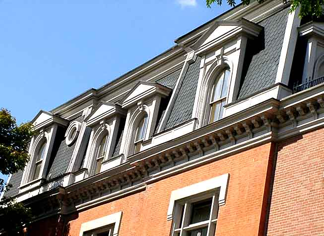 Mansard Roof How To Build And Its Advantages Disadvantages