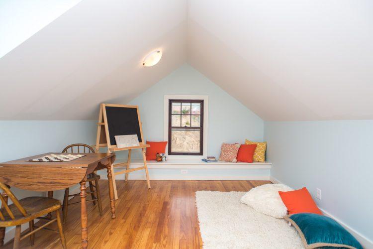 Kid's bonus room ideas for home work