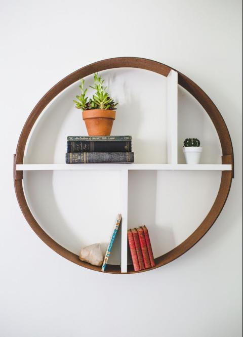Hoop Shelf DIY